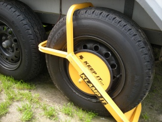 secure wheel clamp